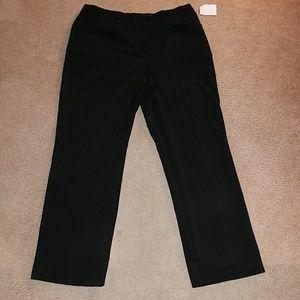 NWTS SAGHARBOR DRESS SLACKS. SIZE 18.